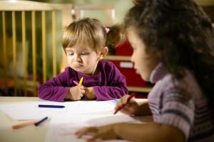 eoc-waytogrow-photodune-4134766-children-and-fun-two-preschoolers-drawing-in-kindergarten-xs